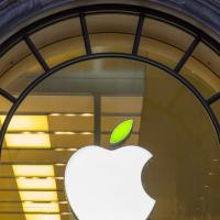 Apple per l'Earth Day: anche la mela diventa verde...