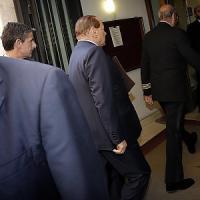 """FI, Berlusconi: """"Renzi bulimico di potere"""". Sull'Italicum: """"Non lo voteremo"""". """"Io,..."""