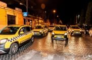 """""""Panda 'n città"""", la piccola Fiat diventa yellow cab"""