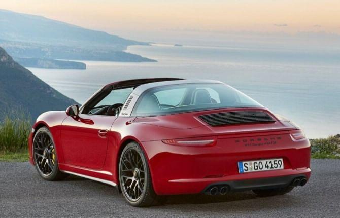 Porsche GTS, la famiglia felice