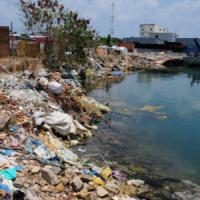Maldive, troppo turismo e un'isola diventa la discarica dei rifiuti