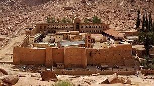 Contemplazione e architettura quiete e fascino dei monasteri