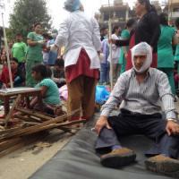 Forte terremoto in Nepal, più di 1500 morti. Cade torre patrimonio Unesco