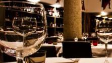 Italiani non rinunciano a shopping e ristoranti