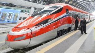 Mattarella sul nuovo Frecciarossa da Milano a Roma in due ore  -   vd