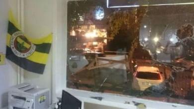 Turchia, ancora violenze contro  il Fenerbahce: assaltata sede ad Ankara