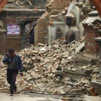 """Terremoto Nepal, i racconti dei turisti italiani: """"Vivi per miracolo"""""""