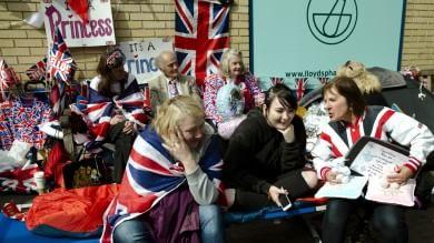 """Gran Bretagna, attesa e scommesse per il secondo """"royal baby""""   foto"""