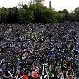 Bici al cielo: maxi raduno per il rispetto dei ciclisti