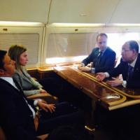 """Immigrazione, Ban Ki-moon con Renzi nel Mediterraneo: """"Con voi per fermare i trafficanti"""""""