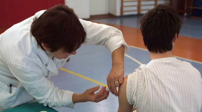 Encefalite post-vaccino, ministero riconosce l'indennizzo per un bimba