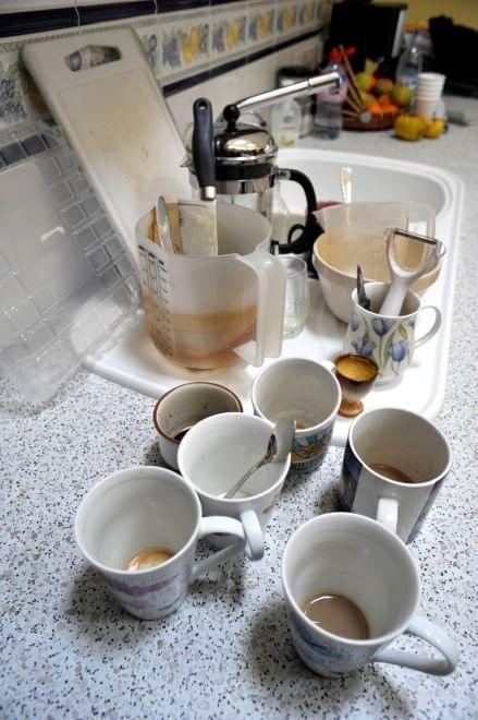 Sono stanco vado a dormire: a lavare i piatti ci penserò domani
