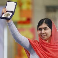 Pakistan: dieci ergastoli per gli attentatori di Malala