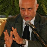 """Minniti: """"Diritto a manifestare, ma sicurezza per i cittadini"""""""
