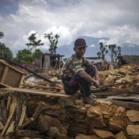 Nepal, oltre 6.600 morti: 2 miliardi di dollari per ricostruire. Recuperati corpi 2...