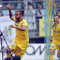 Serie B, il Frosinone sente profumo di A. Il Varese torna in Lega Pro