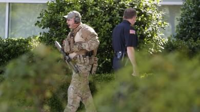 Usa, sparatoria con due morti   Foto   a mostra vignette su Maometto