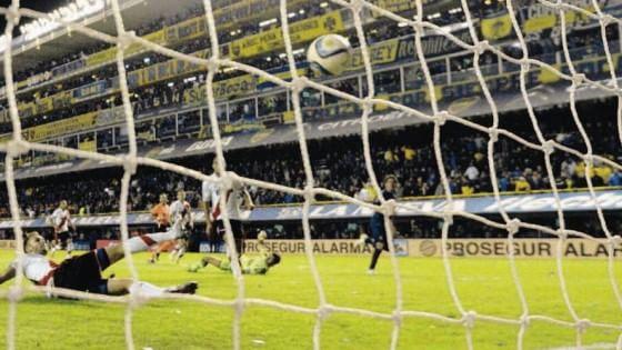Quel calcio sporco, ambiguo y final dove il tifo del Boca diventa leggenda