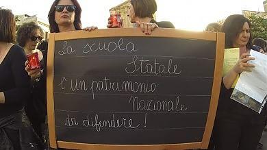 """Prof in piazza, scuole ferme Renzi: """"Dialoghiamo""""  -    Fotoracconto"""