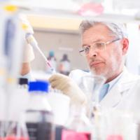 Tumore ovarico, maxi studio: test del sangue funziona per la diagnosi precoce