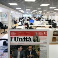 L'Unità in fuga dai debiti: pagano solo i giornalisti. Il Pd e Soru si tirano fuori