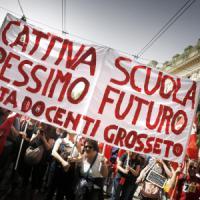 Scuola, Renzi apre a modifiche e incontra i parlamentari Pd