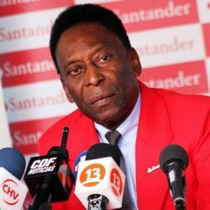 Brasile in apprensione per Pelé: nuovo ricovero in ospedale, operato alla prostata