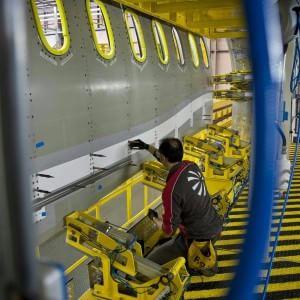Istat: recupera la produzione industriale con il boom delle auto