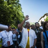 """Grillo: """"Chi fa mammografie finanzia Veronesi"""". Lorenzin: """"Pericolosissima disin..."""