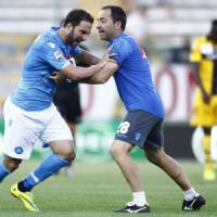 Napoli, bufera Parma: