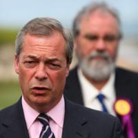 Regno Unito, l'Ukip gli chiede di rimanere: Farage ritira le dimissioni