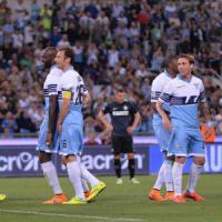 Lazio in frenata ma resta l'ottimismo: 'Quattro finali da vincere'. De Vrij, rientro slitta