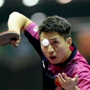 """La svolta cinese sul ping pong: """"Siete troppo forti compagni, ora dovete perdere"""""""