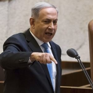 Israele, nasce il 4° governo Netanyahu: dalla Knesset fiducia per un seggio