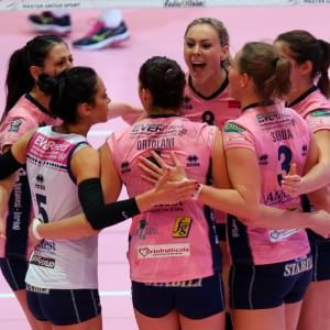 Volley donne, Casalmaggiore campione d'Italia: Novara crolla nella bella