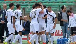 Cagliari-Palermo 0-1, Vazquez spedisce i sardi in serie B