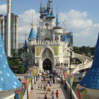 Fuga nel divertimento: i parchi a tema più visitati nel mondo