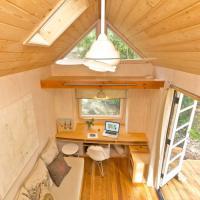 Tutto in 13 metri quadrati: la casa più piccola di una stanza