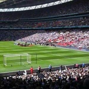 Inghilterra, lo spettacolo non conosce categoria. In 50 mila per una finale di quinta divisione