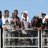 Migranti, dalla Ue via libera   video   alle missioni navali antiscafisti
