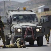 Cisgiordania, Israele impone e poi blocca l'apartheid sugli autobus