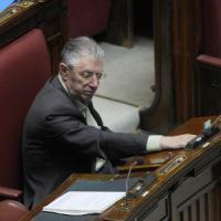 """Bossi: """"Silvio un pirla. Dopo il voto salta tutto"""""""
