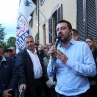 """Salvini: """"Bloccare le frontiere, ora Alfano si dimetta"""""""