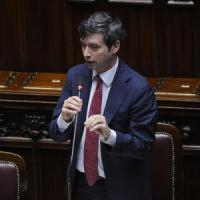 """Anticorruzione, la Camera approva il ddl con 280 sì. Renzi: """"Questo Paese lo cambiamo"""""""