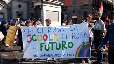 """Ddl scuola, sindacati-Giannini nulla di fatto: """"Scrutini, avanti con mobilitazione"""""""