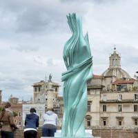 Roma. Ai Mercati di Traiano sfida tra i marmi di ieri e quelli di oggi