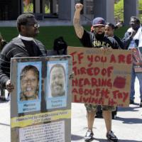 Usa, assolto poliziotto bianco che aveva ucciso 2 afroamericani disarmati