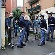 Bologna, muore cadendo  dal quinto piano durante perquisizione della polizia
