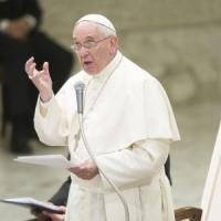 """Il Papa: """"Lottare senza compromessi contro la corruzione"""""""