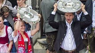 Bayern uno scudetto per due festeggiano uomini e donne